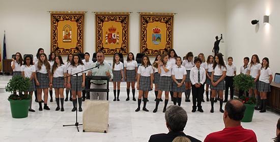 Karina Krasnova, receptora del premio de mejores estudiantes de Estepona